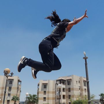 Egyptian women take to Parkour to challenge social norms